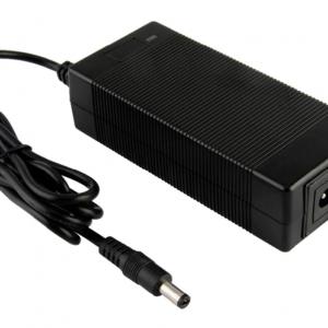 elektritõukeratta laadija 29.4v (24v) gpad lite max
