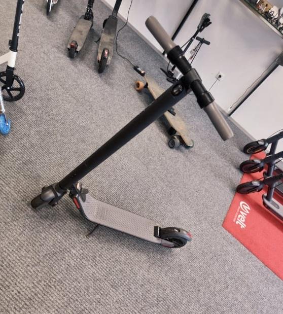 Kasutatud elektritõuks Segway Ninebot ES2 (müüdud)